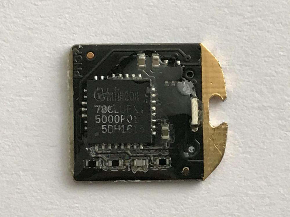 Bottom side of the Yubikey 4 nano